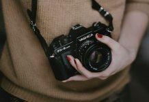 Bagaimana Cara Menghemat Baterai Kamera Saat Hunting Foto