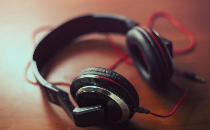 Tips Memilih Headphone Yang Tepat